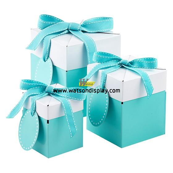 Tiffany aqua blue gift box